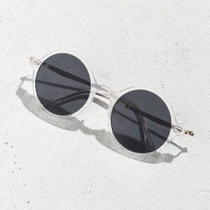 NEW urban outfitters Retro Leon round sunglasses